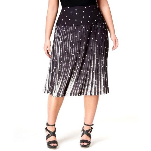 98e4df59602b Melissa McCarthy Seven7 Skirts | Black White Dot Pleated Button ...